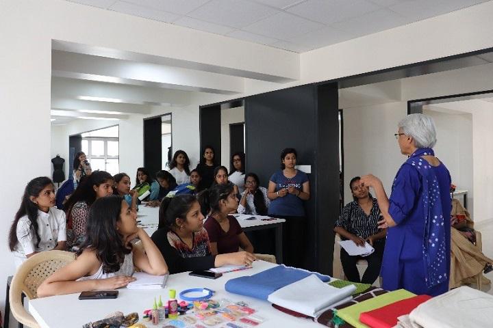Vishwakarma University Pune Courses Fee Cut Off Ranking Admission Placement Careers360 Com
