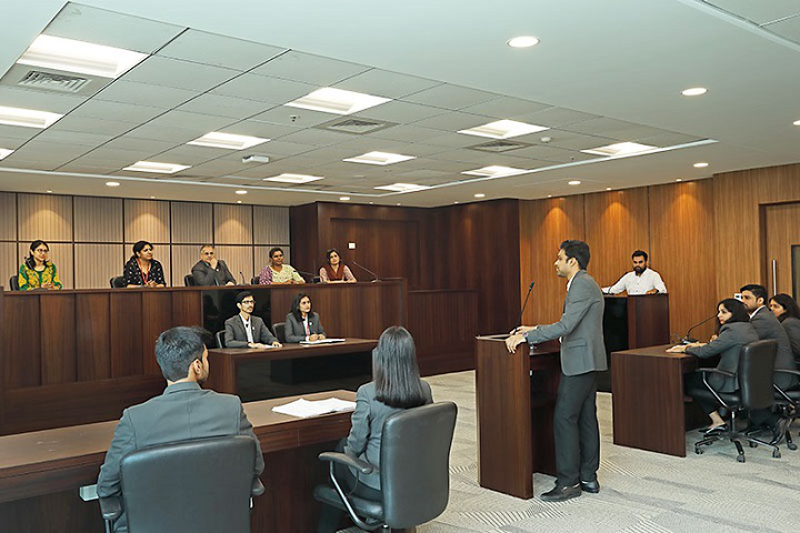 moot-court