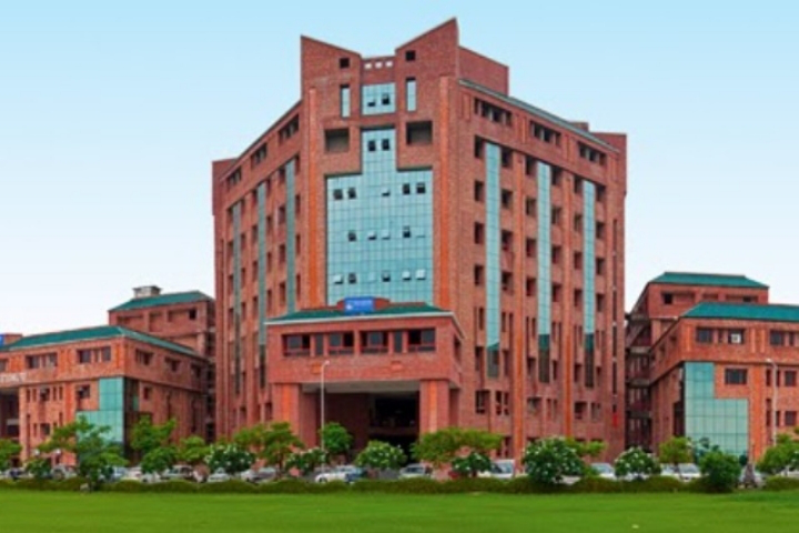 Sharda University Greater Noida Courses Fee Cut Off Ranking Admission Placement Careers360 Com