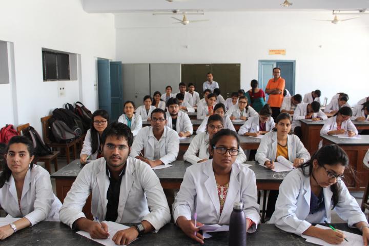 covid19 doctor healthworker vacancy