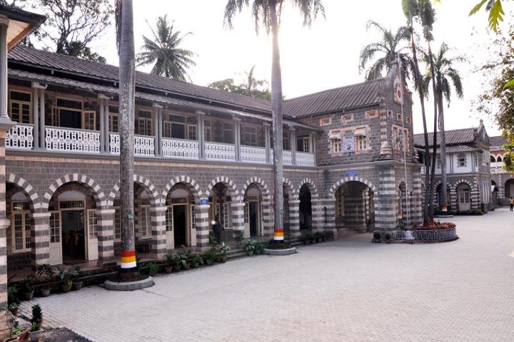 Kle Societys Raja Lakhamagouda Science Institute Belgaum Courses Fee Cut Off Ranking Admission Placement Careers360 Com