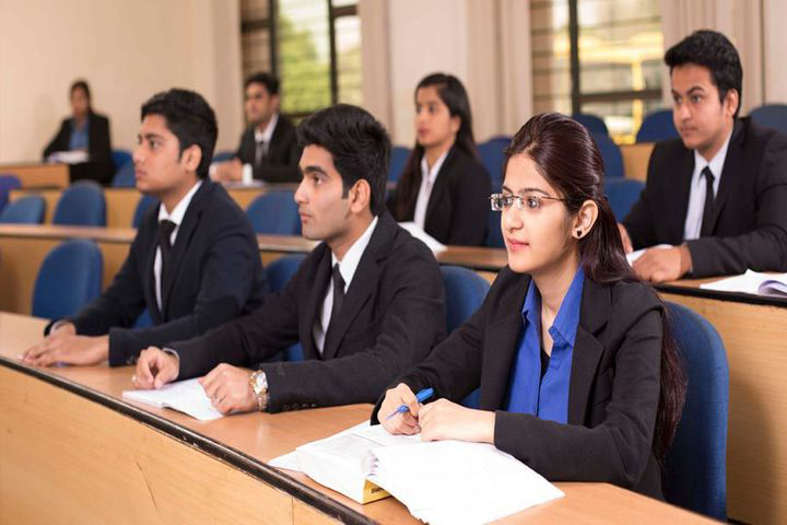Amity University Jaipur Courses Fee Cut Off Ranking Admission Placement Careers360 Com