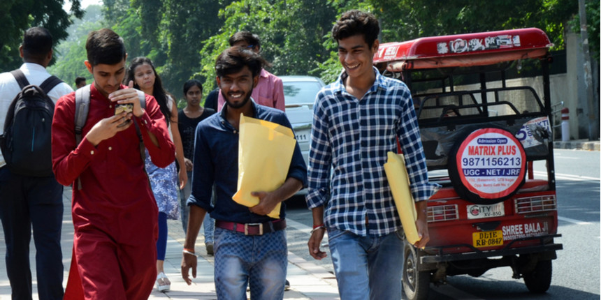 DU admission: Over 4,800 students apply under third cut-off list