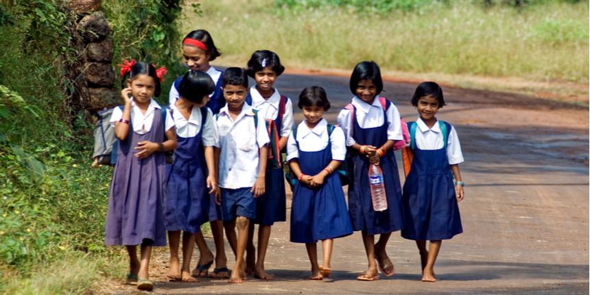 Over 60 percent school children have access to smartphones: Report