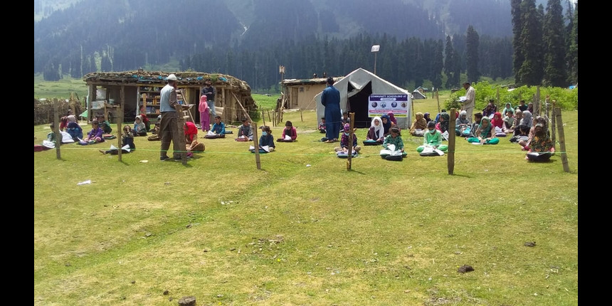 Kashmir: Government issues guidelines for community schools