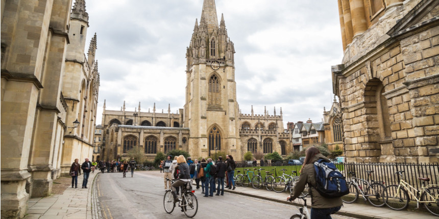 Cambridge University to start free course for disadvantaged students