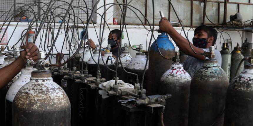 Oxygen Shortage: IIM Calcutta alumni donate oxygen concentrator for staff