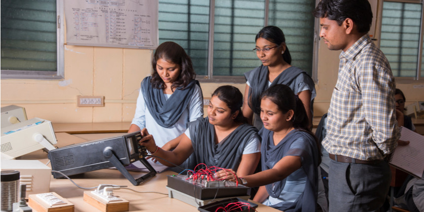 Anna University's Tamil-medium BTech courses see low enrolment, no growth