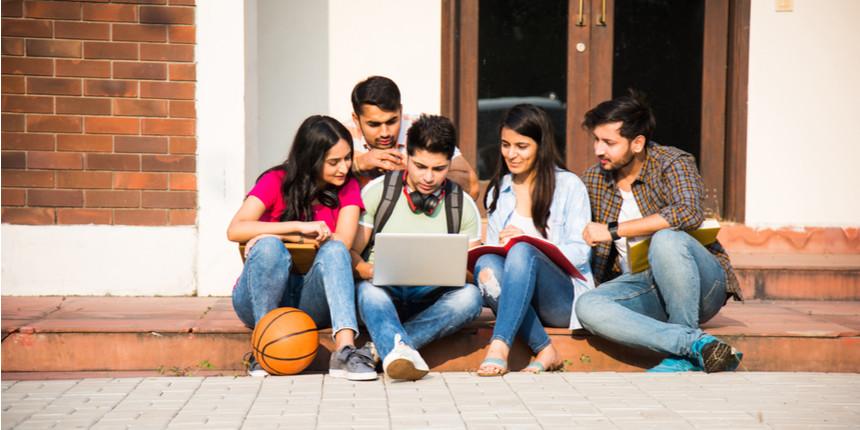 Maharashtra college: FYJC registrations drop; Nagpur students demand UG re-registration
