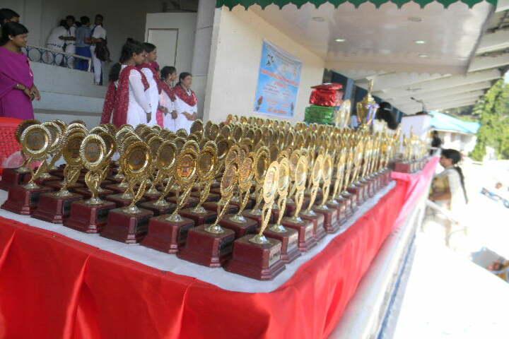 Kamaraj English Medium School-Awards