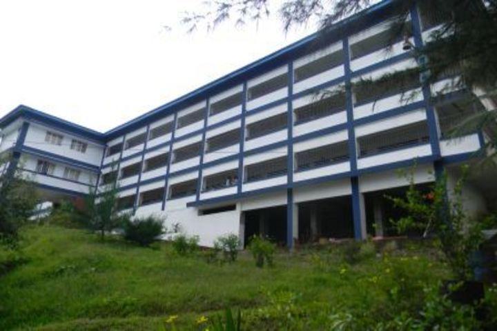 Kamaraj English Medium School-School building