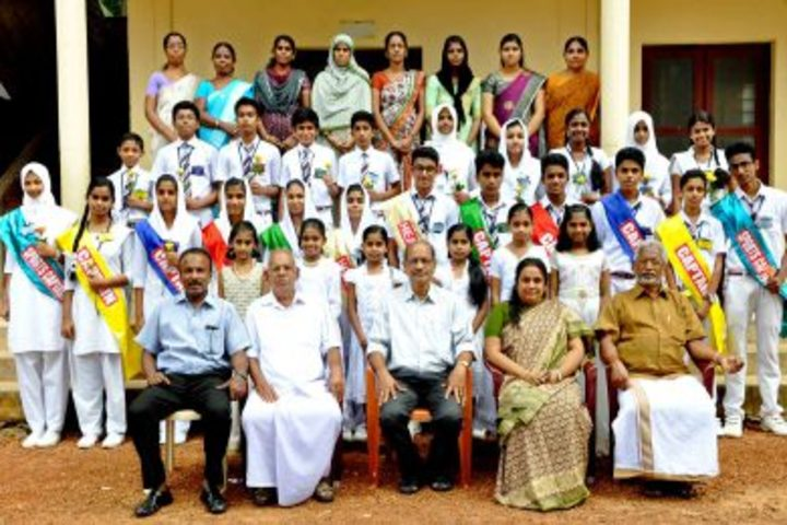 Thanveer Central School-Group Photo
