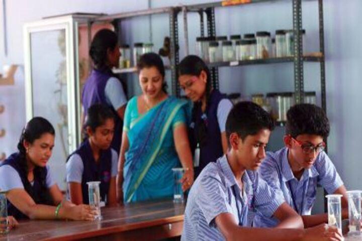 Thapovan Public School-Bio Labs