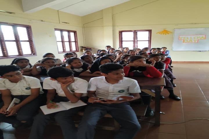 The Green Hills Public School-Classroom