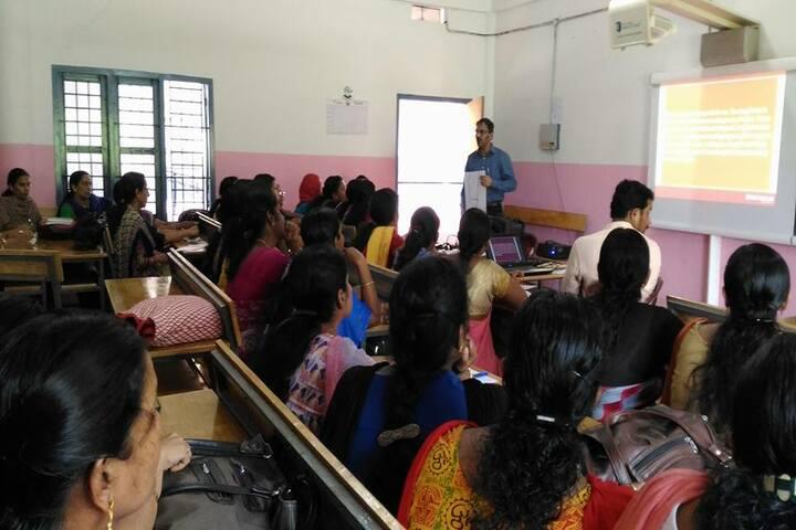 Thuchathacharya Vidyalayam-AV Room