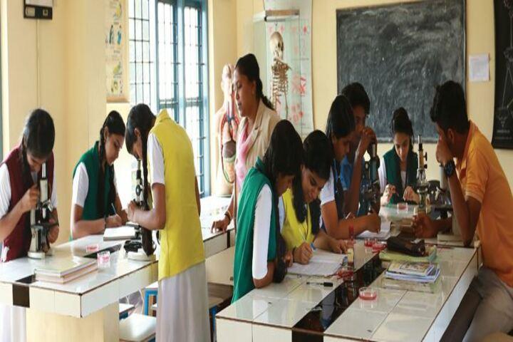 Thuchathacharya Vidyalayam-Bio Labs