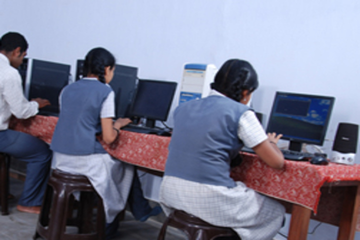V N S S S N Trusts Central School - computer lab