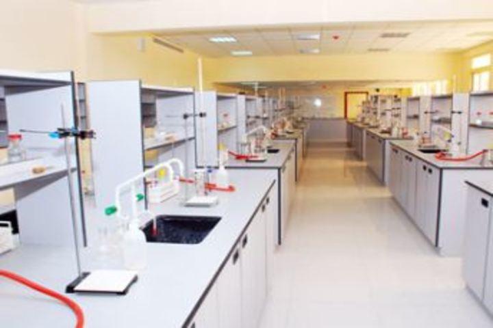 Vidyarambham Central School-Science Lab