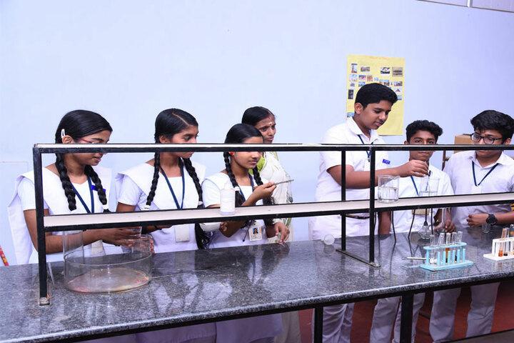 Vidyatmika Public School-Chemistry Labs