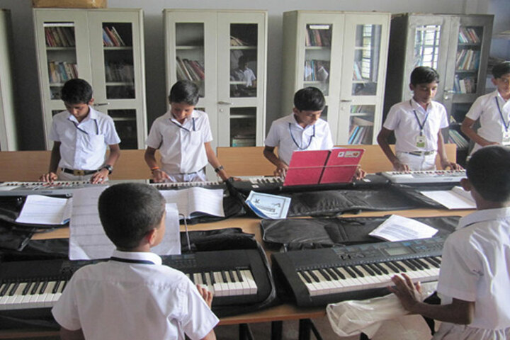 Vidyatmika Public School-Piano