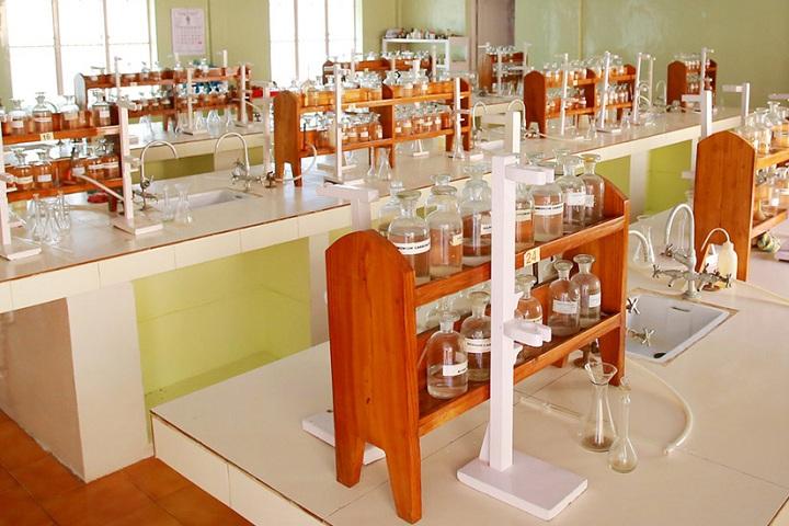 Viswabharathy Public School-Chemistry Lab