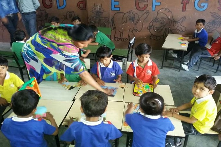 Aaradhya International School-Classroom Activity