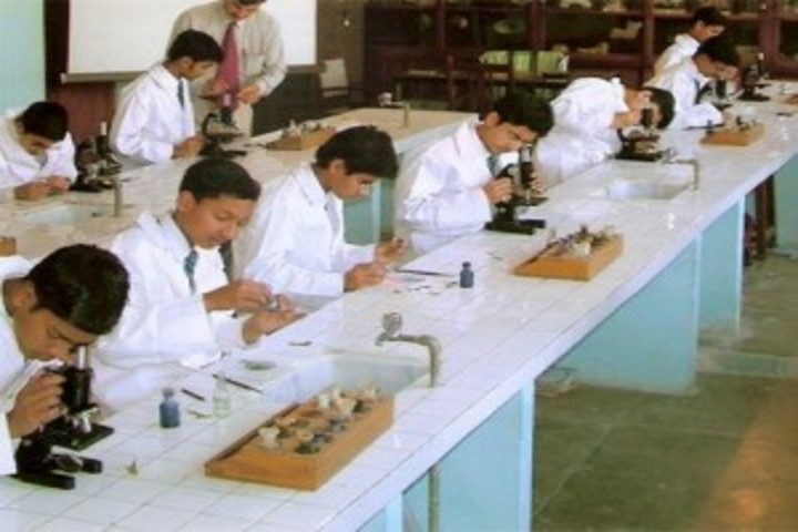 Aaradhya International School-Physics Lab