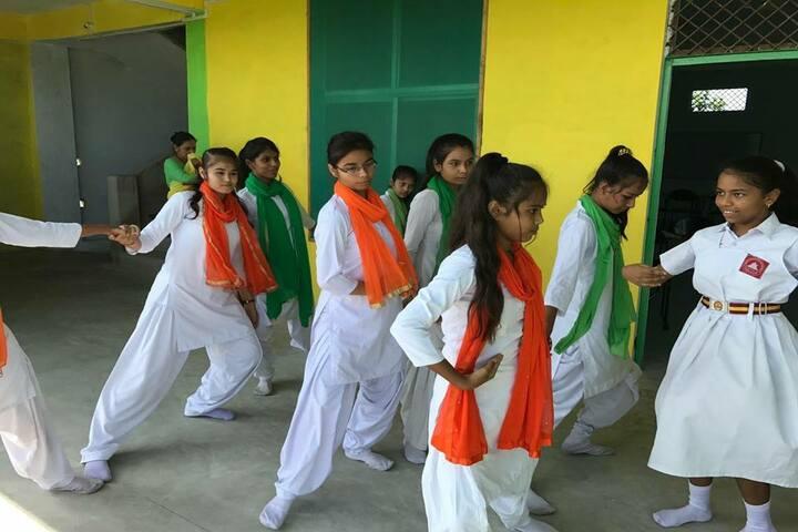 Acharya Shriram Vidyalaya-Dancing Activity
