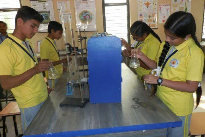 Alok International School-Science Lab