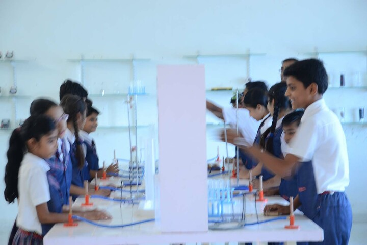 Alpha International School-Biology Lab