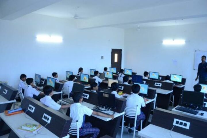 Alpha International School-Computer Lab
