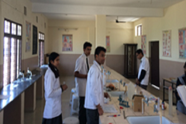Anant Utsav School-Science Lab