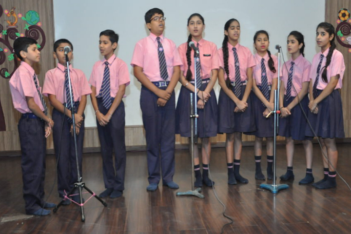 Annie Besant School-Singing