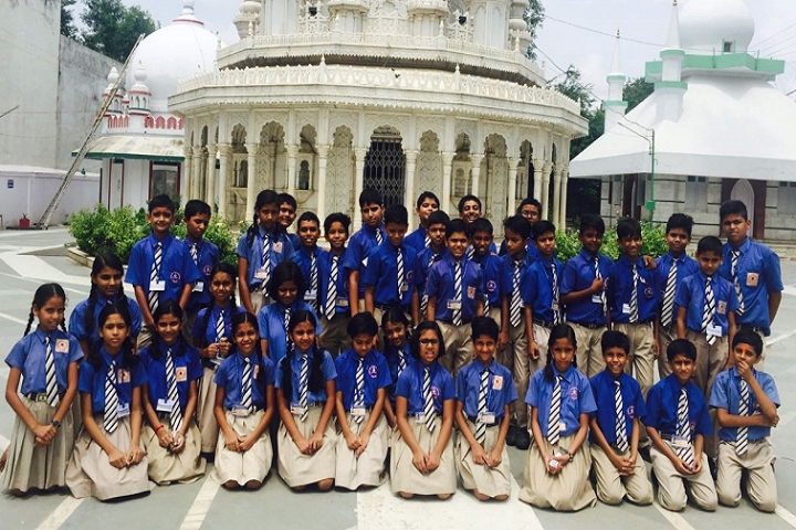 Ashoka Hall Junior High School-Tour