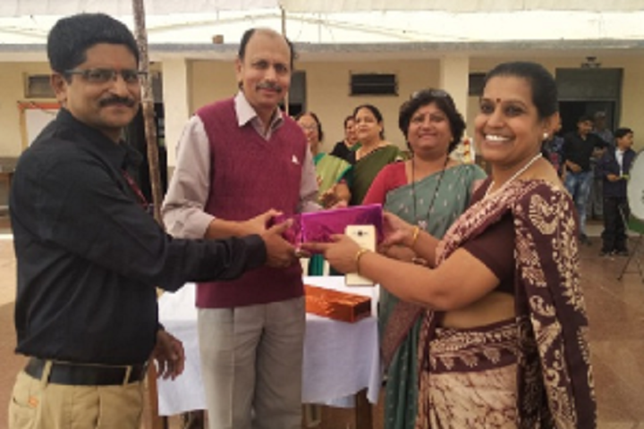 B H E L Vikram Higher Secondary School-Award Distribution