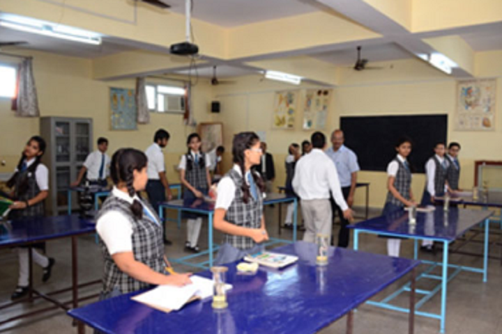 Bal Bharti School-Biology Lab