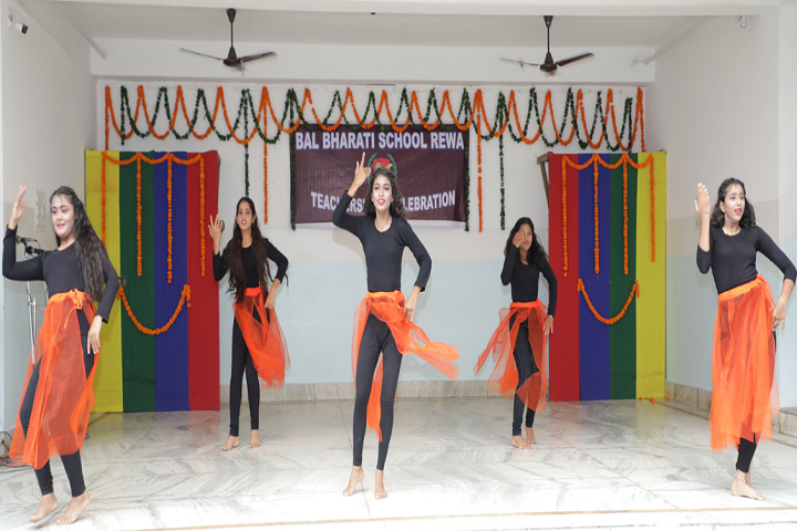 Bal Bharti School-Dance-1