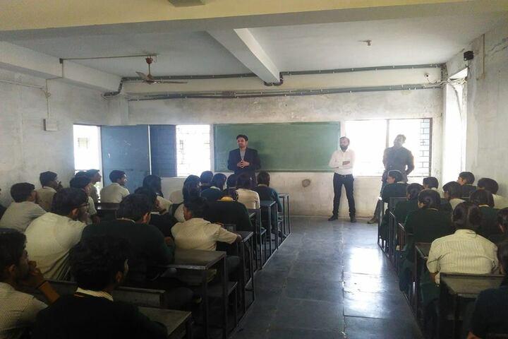 Bhagwan Srichand Public School-Classroom