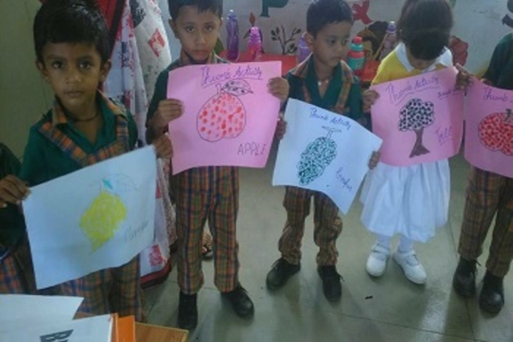 Bhartiyam Vidyapeeth-Drawing Activity