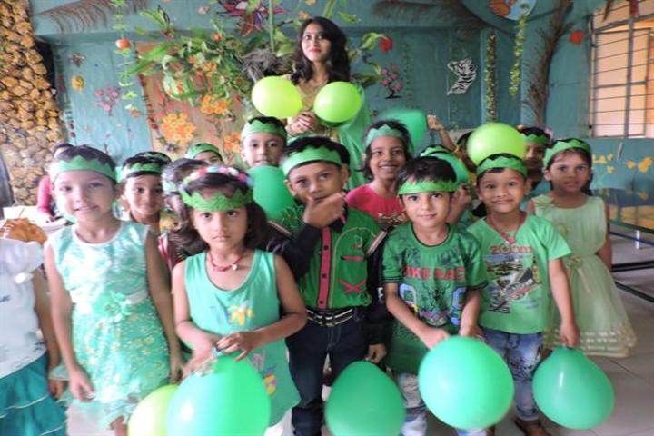 Bonnie Foi Co Education School-Green Day