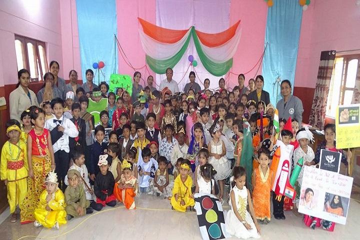 Carmel School-LKG Students