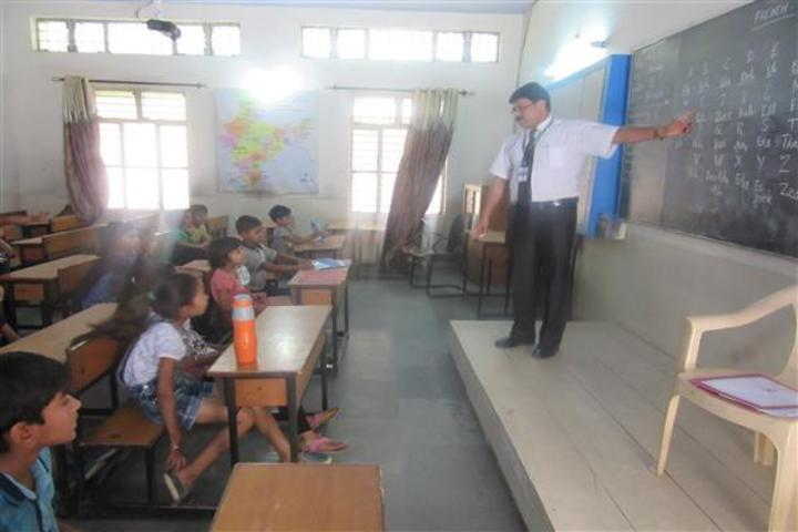 Central Academy School-Classroom