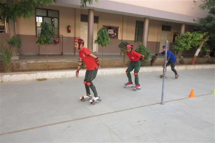 Central Academy School-Skating