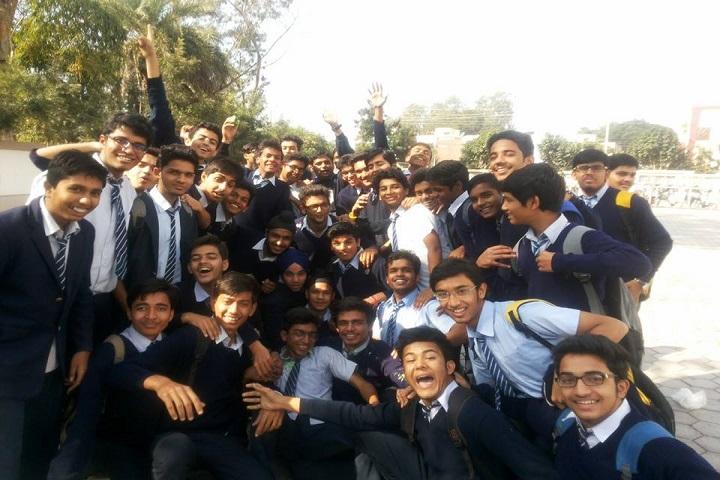 Chameli Devi Public School-Tour