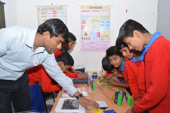 Champion International School-Maths-Lab