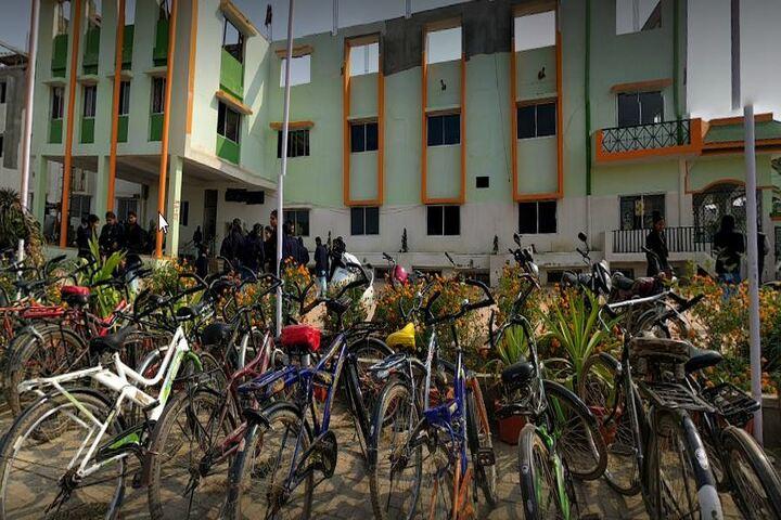 Chankaya Public School-Parking