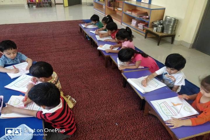 Choithram School-Art