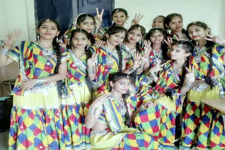 Daisy Dales School-Festivals