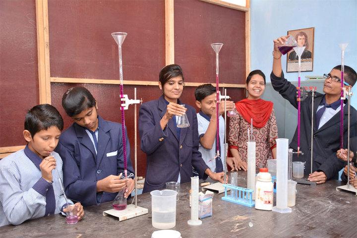 Datahari Public School-Labs