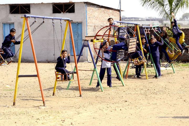 Datahari Public School-Indoor games